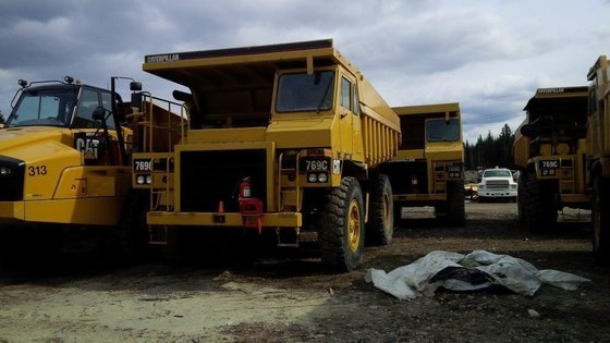 1986 CATERPILLAR 769C in Edmonton,