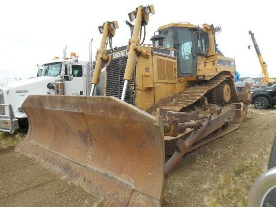 1998 CATERPILLAR D8R in Edmonton,