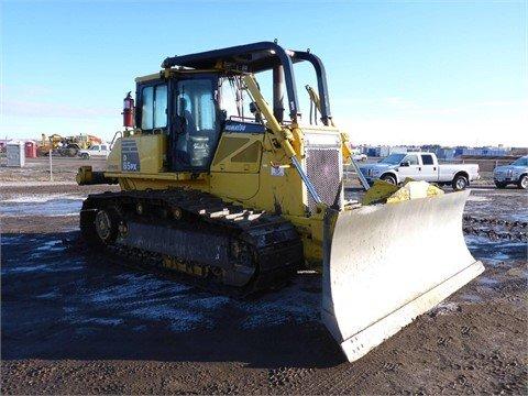 2011 KOMATSU D65PX-16 in Edmonton,