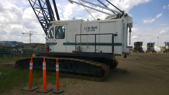 1981 LINK-BELT LS-338 in Edmonton,