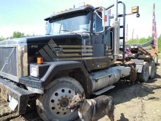 2001 AUTOCAR ACL64F in Edmonton,