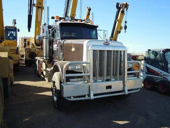 1997 PETERBILT 387 in Edmonton,