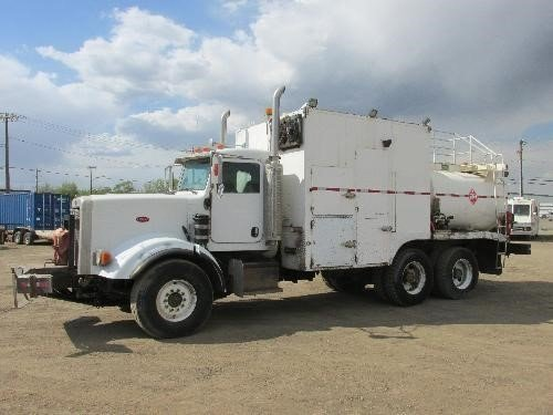 2006 PETERBILT 357 in Edmonton,