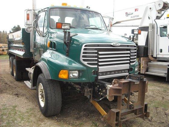 2006 STERLING LT9500 in Edmonton,