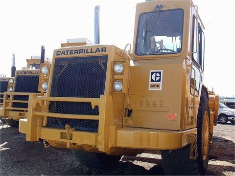 1990 CATERPILLAR 621E in Edmonton,