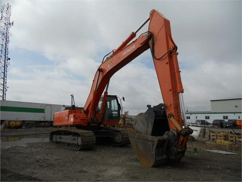 2005 HITACHI ZX330 in Edmonton,