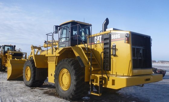 2002 CATERPILLAR 988G in Edmonton,