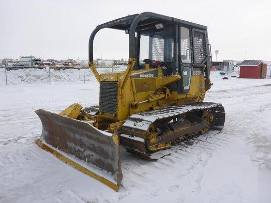 1998 KOMATSU D37P-5 in Edmonton,