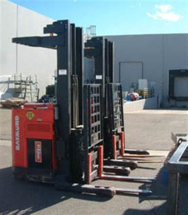 FORKLIFT 2658 in Los Angeles,