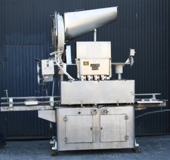 RESINA U-40 8-spindle Capper in