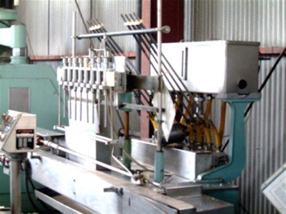 Cozzoli Piston Filler Model LF840-8