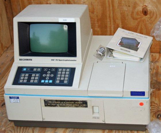 Beckman DU-70 Spectrophotometer 6282 in