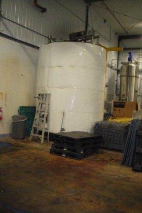4500 gallon s.s. Tank in