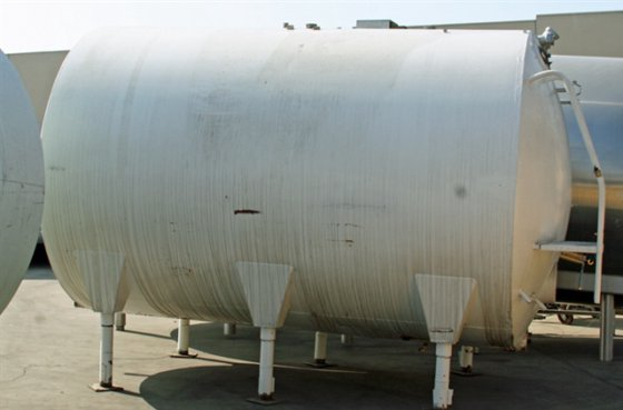 3, 000 gallon Storage Tank,
