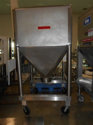 Stainless Steel Tote with Valve,