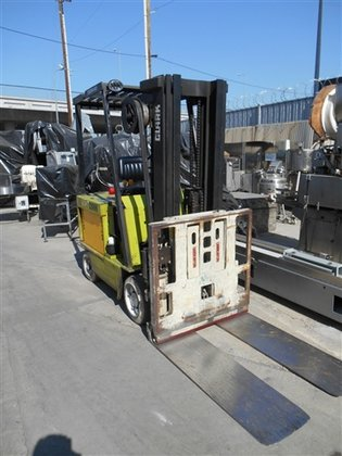 Clark Electric ECS17 Forklift in