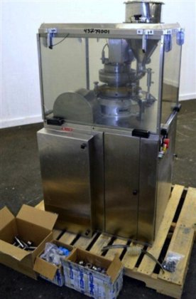 ECONOLINE 12D CAPPLUS TABLET PRESS,
