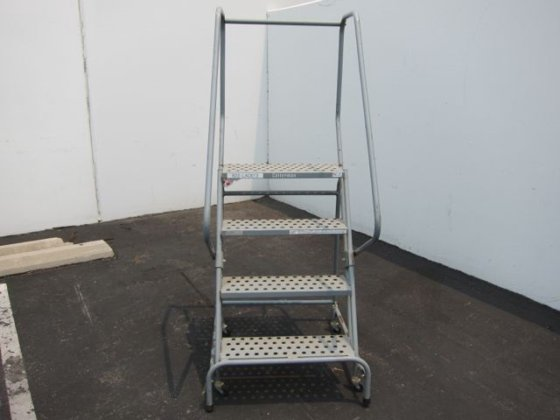 Cotterman ladder & work platform.