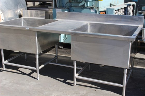 Stainless Steel Washing Table 8'