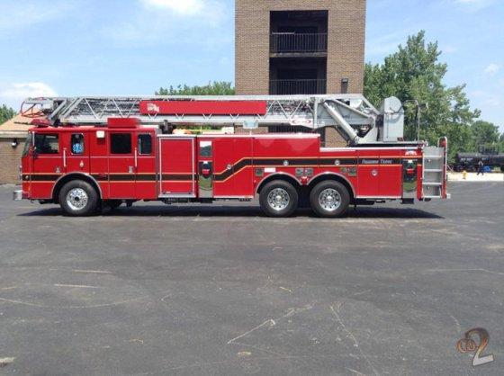 2004 Pierce 105ft Ladder Truck in Varnville, SC, USA