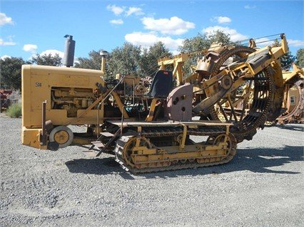 CLEVELAND 247 Trencher in Woodland,