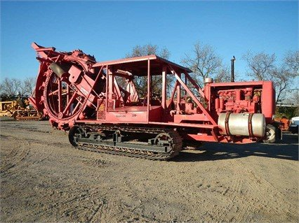 CLEVELAND 320 Trencher in Woodland,