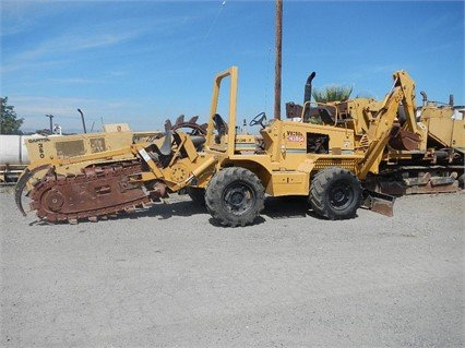 1999 VERMEER V8550A Trencher in
