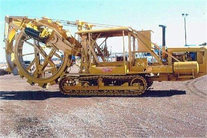1973 CLEVELAND 400 Trencher in