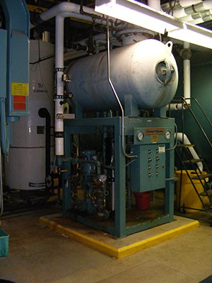 7000 Cleaver Brooks Steam Boiler #230730 in West Windsor Township ...