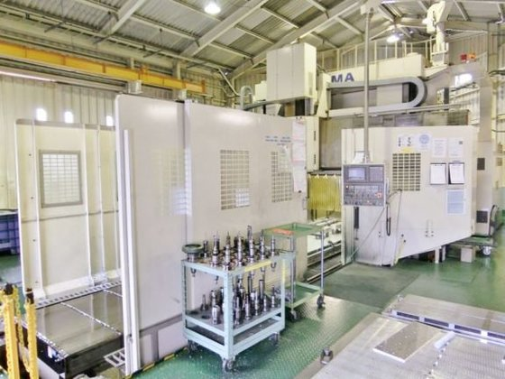 2003 Okuma MCR-BII 40 x
