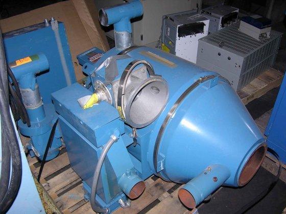 Novatec CD-120 HOPPER DRYER in