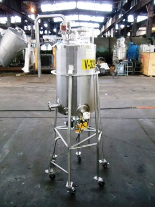 Apache Stainless 15 GAL RECEIVER,