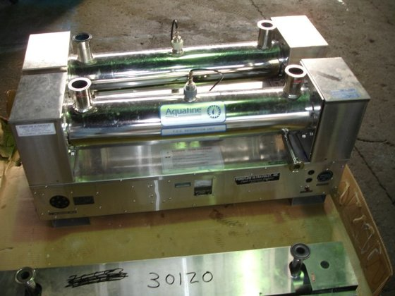 Aquafine CSL-8R UV DISINFECTION UNIT