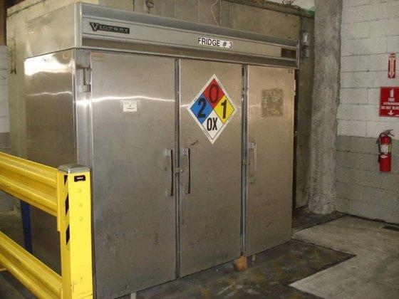 Victory Refrigeration SR-72-S3 REFRIGERATOR in
