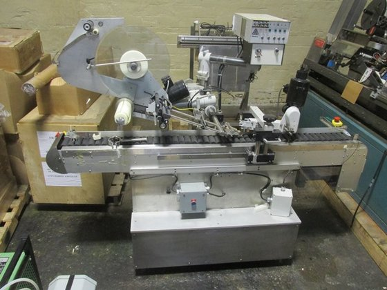 Avery DS 152 TOP LABELER