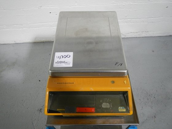 Sartorius 3808 MP8-1 BALANCE in