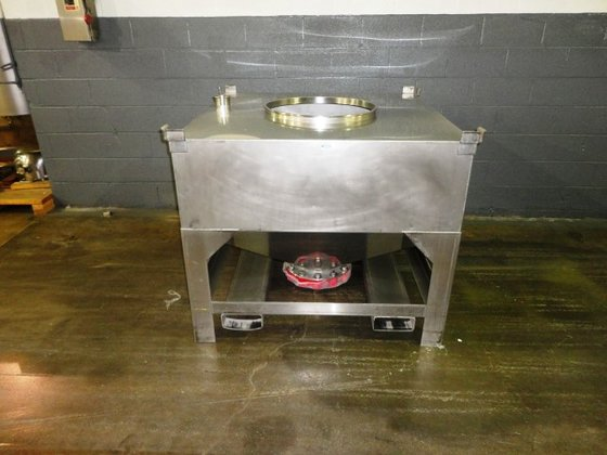 33 CU FT STAINLESS STEEL