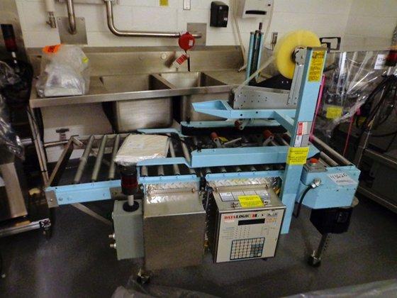 Signode UCS120 Case Sealer in