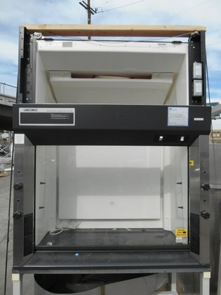 "Labconco 48"" FUME HOOD in"