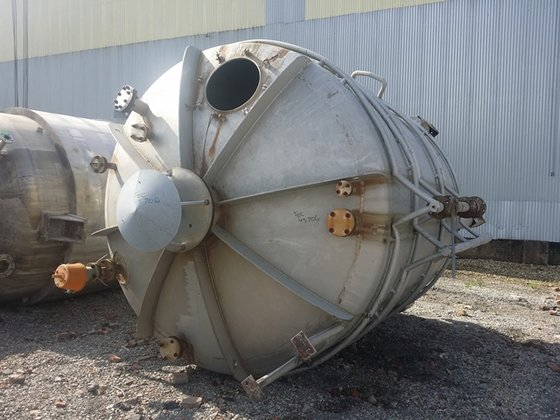 5000 GAL 304 STAINLESS STEEL