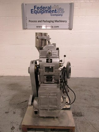 1990 ZP ZP19 Tablet Press,