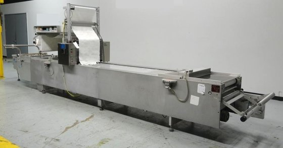 MULTIVAC R5200 THERMOFORM VACUUM PACKER