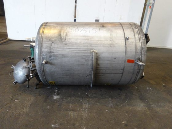 500 GAL 304 STAINLESS STEEL