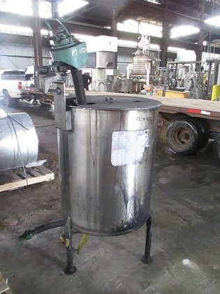 100 GAL STAINLESS STEEL MIX