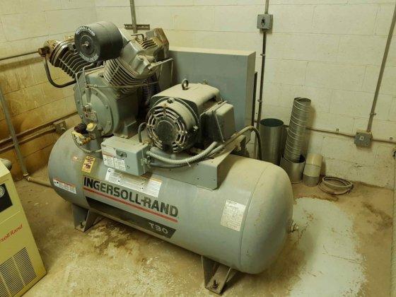 Ingersoll Rand 7100E15-P Two Stage Cast Iron 120 gallon Air Compressor in  Vancouver, British Columbia, Canada