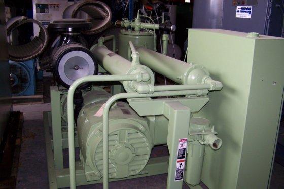 Sullair LS 150 150 hp  Rotary screw air compressor ,Variable capacity in  Waupaca, WI, USA