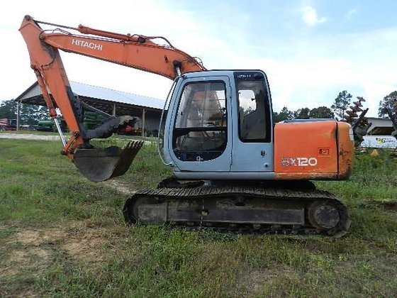2000 HITACHI EX120-5 in Greeleyville,