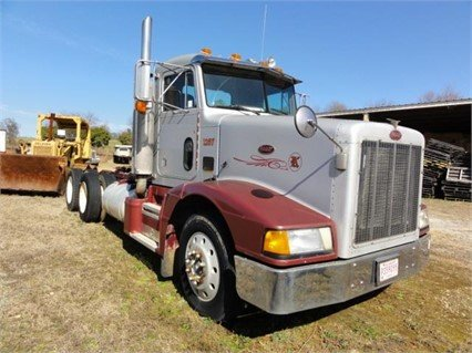 1990 PETERBILT 357 in Greeleyville,