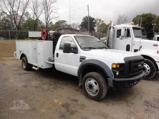 2008 FORD F550 XL in