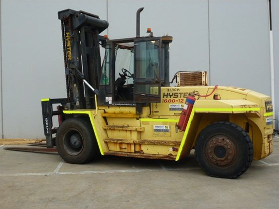 2004 HYSTER H16.00XM-12 Counterbalance Forklift